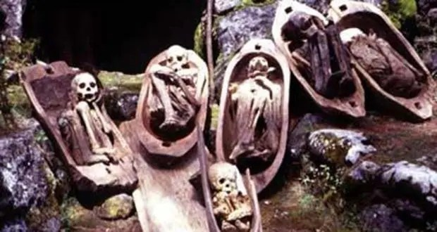009_The Kabayan Burial Caves-Creepiest Places on Earth