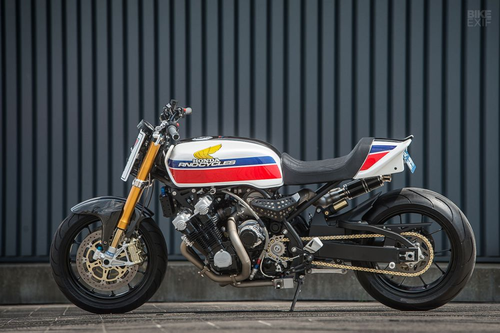 medium resolution of arno decided to respect the 70s styling but also update it to modern times taking it from classic superbike to modern muscle bike the cbx would get a