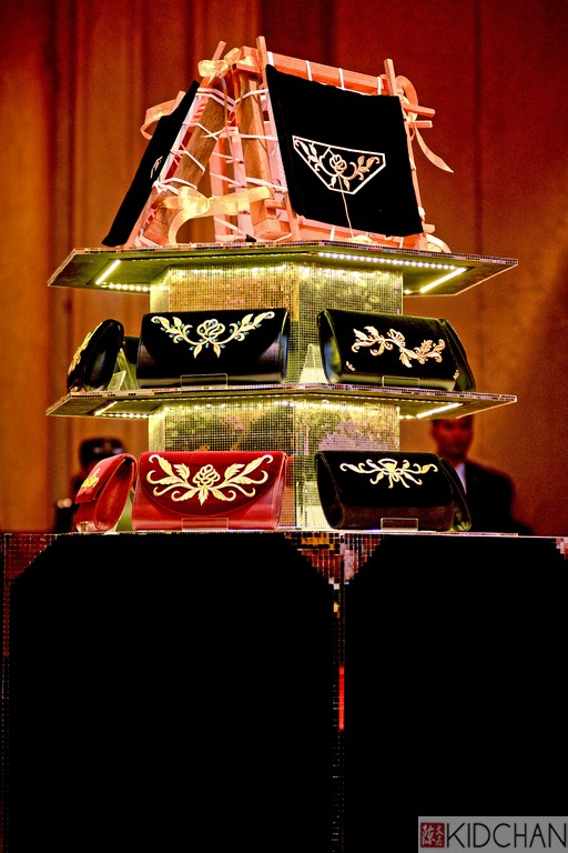 Some of the exquisite and beautiful Nazha Exclusive collection of tekat clutches and handbags