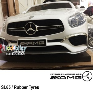 Review Mobil Aki Mercedes Benz SL65 Ban Full Karet
