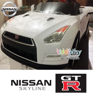 Nissan GTR Lisensi