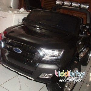 FORD Ranger 4WD Wildtrak licensed Ban Karet