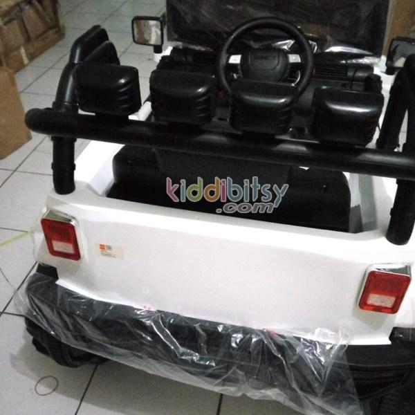 jeep-rubicon-mobil-aki-mainan-3