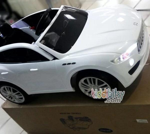 mainan-mobil-aki-maserati-pk8800-lisensi-white