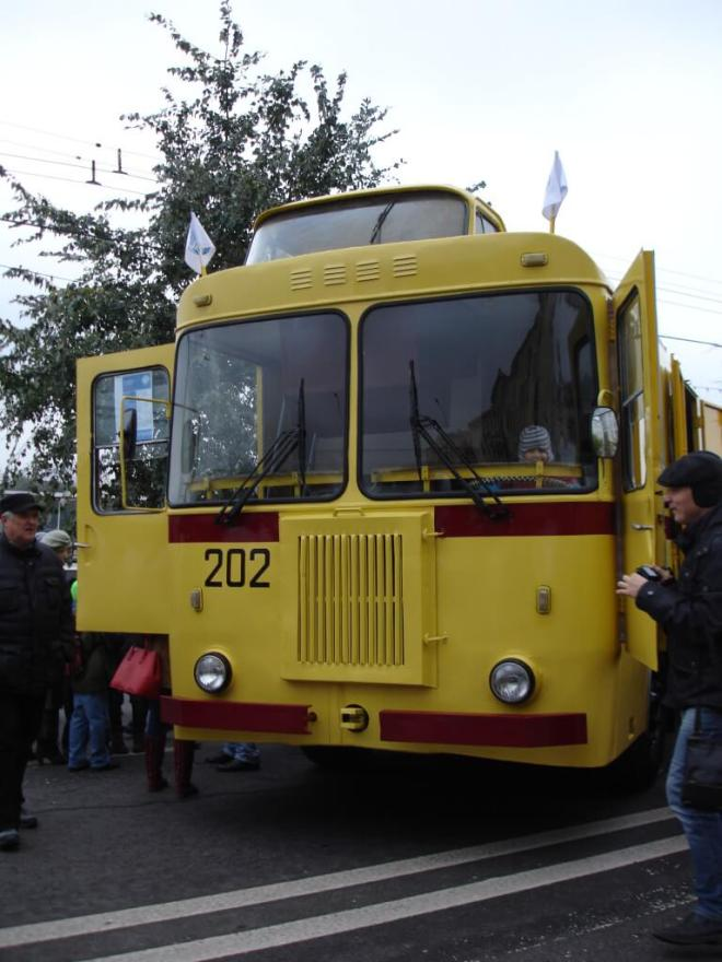 Yellow trolleybus at the trolleybus parade