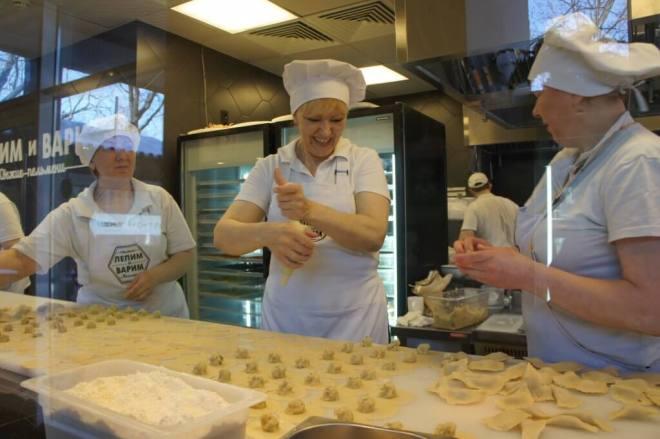 How to make pelmeni at Lepim i Varim Moscow