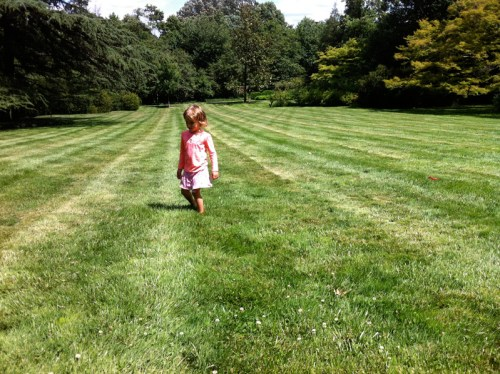A final, barefoot frolic on the East Lawn