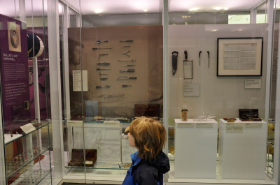 Viewing medical artifacts from wars