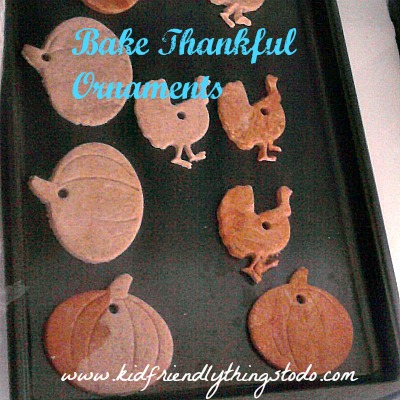 Making Thankful Ornaments For Thanksgiving