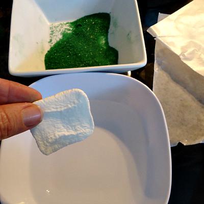 Making A Horseshoe Cupcake Topper