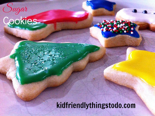 The best sugar cookie recipe and icing recipe ever! So much fun to make with the kids. www.kidfriendlythingstodo.com