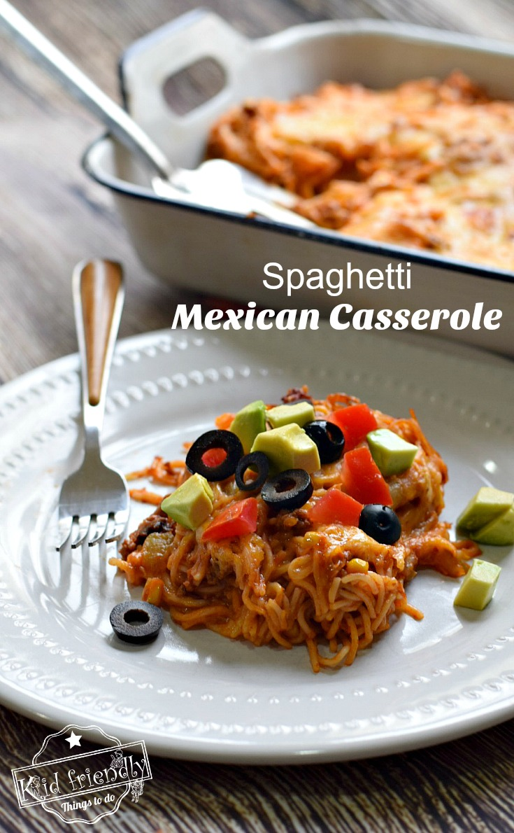 Mexican Taco Spaghetti Casserole - Easy and delicious Spaghetti Bake with ground beef - www.kidfriendlythingstodo.com