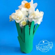A Sweet & Simple Child's Handprint Cup Vase For Mother's Day and More!