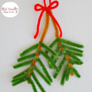 Easy Pipe Cleaner Pine Bough Ornament for Kids to Make at Christmas
