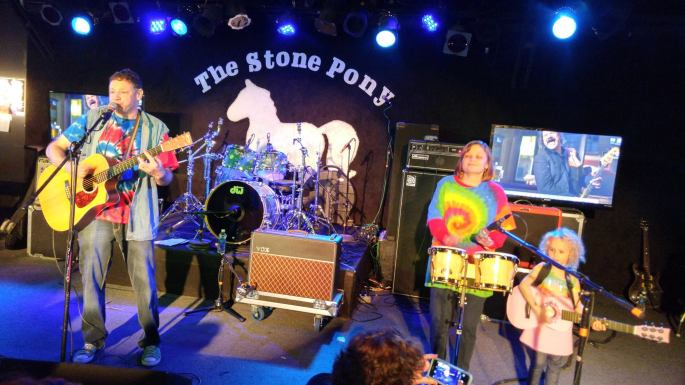 Jason Amy Holly Onstage at Stone Pony 10-25-15