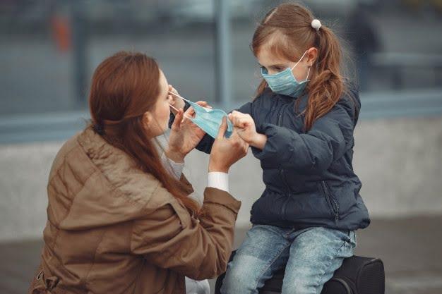 Νέα έρευνα: Τελικά τα παιδιά μένουν αλώβητα από την πανδημία;