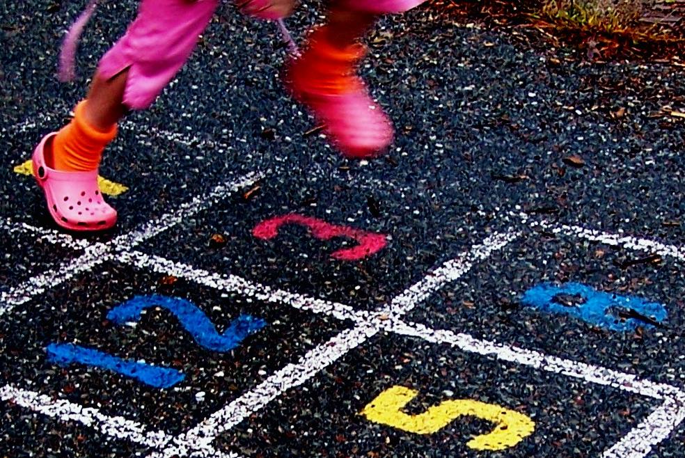 outdoor brain games for kids