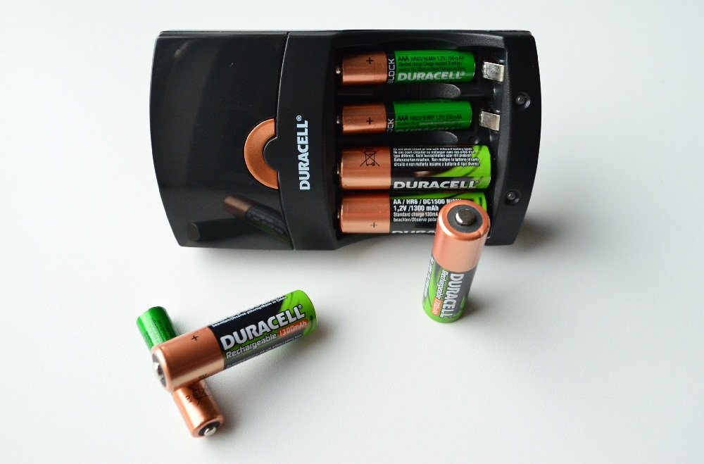 Duracell AA and AAA Battery Charger