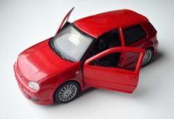 Maisto-VW-Golf