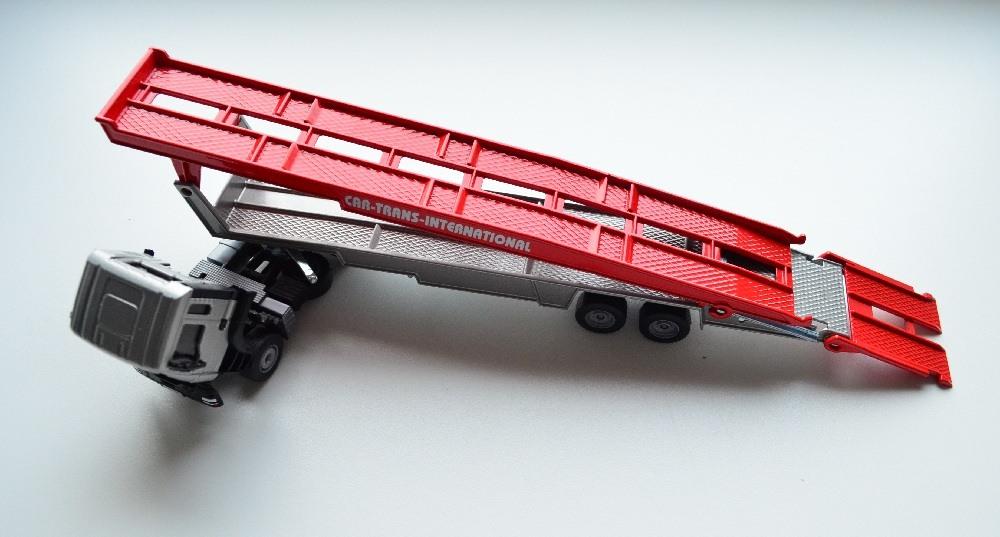 Siku 1:55 Car Transporter