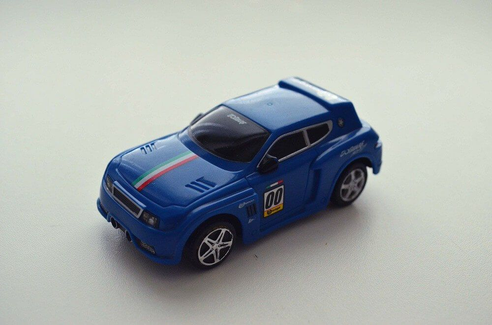 Bburago Go Gears blue Pull Back Car