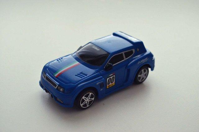 bburago-go-gears-pull-back-car