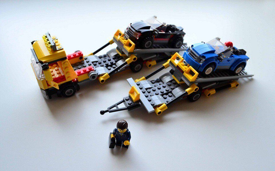 Lego City Auto Transporter car loading