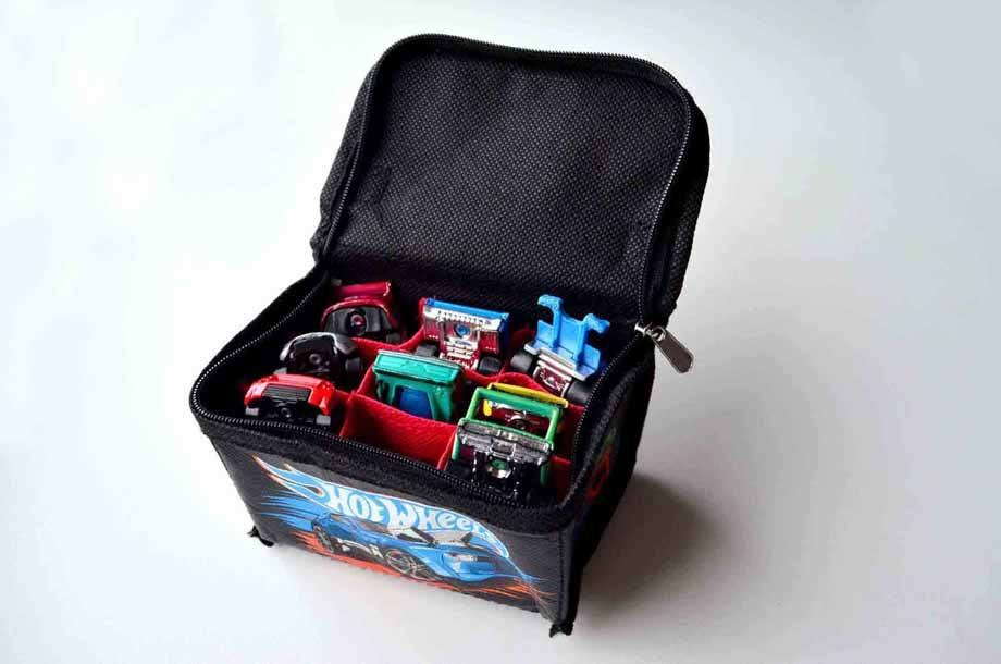 Neat Oh travel bag for diecast toy cars