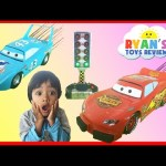 Disney Cars Toys Lightning McQueen and The King Launcher Play Set Easter Egg Surprise Toys