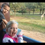 GIRAFFES BY OUR BALCONY!! || Mommy Monday