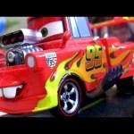 NEW Lightning Mater Cars 2 Disneystore diecast Disney Pixar Chase
