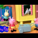 Peppa Pig Ice Cream Picnic Time with Brother George Making Playdoh Ice Cream Cones in the Treehouse