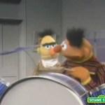 Sesame Street: Bert & Ernie Play Drums