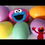 Sesame Street Surprise Eggs Cookie Monster Elmo Big Bird Egg Hunt Fisher-Price Sorpresa Huevos