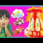Science Experiment for Kids Wonderology Shake & Quake Volcano Baking Soda and Vinegar Disney Cars