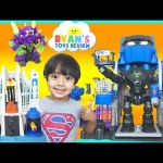 Batman Imaginext Toys Robo Batcave Superman Hall of Justice DC Super Friends SuperHeroes Toys