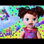 BABY ALIVE EATS ORBEEZ!!!! Crazy Baby With Yucky Poop Diaper Eats Orbeez Crush DisneyCarToys