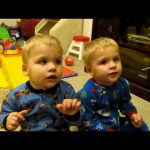 Identical Twins Singing Twinkle Twinkle Little Star