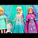 MagiClip Dolls Play Dress Up In the Disney Magical Lights Palace