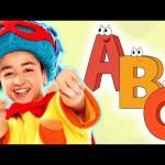 Bluesy ABC | Learn the Alphabet | Mother Goose Club Phonics Songs