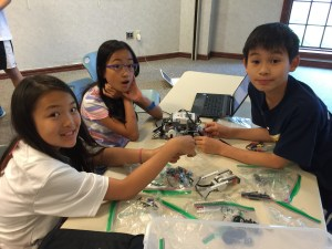 Building a grabber for the robot to grab water bottles