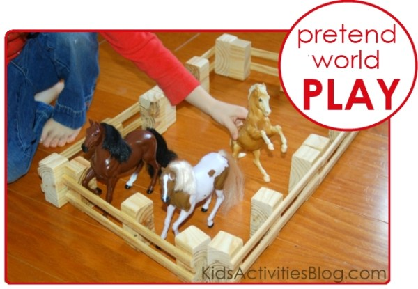 Pretend World Play DIY MiniFencing