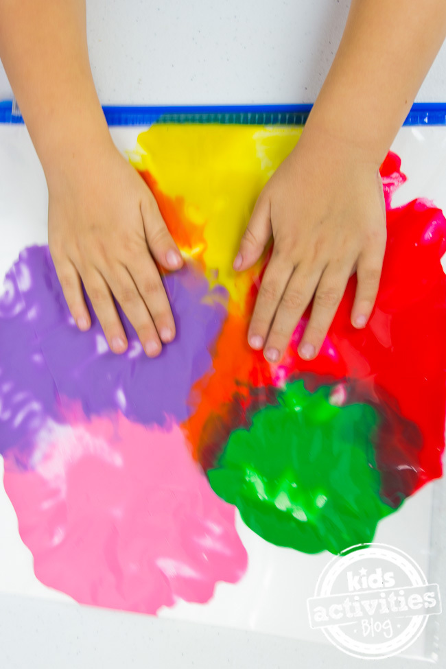 NoMess Finger Painting