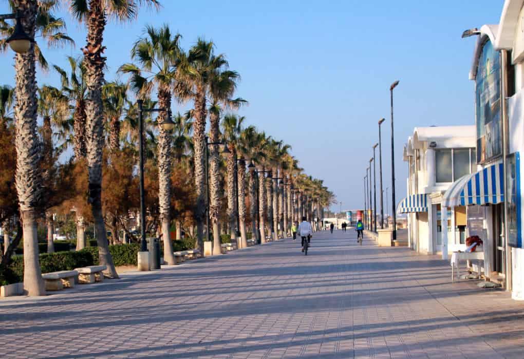 Deptak przy plazy Malvarrosa, Walencja