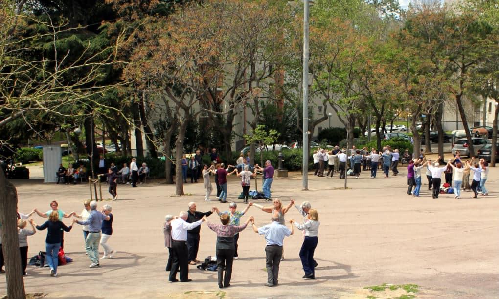 Sardanes w parkach Barcelony
