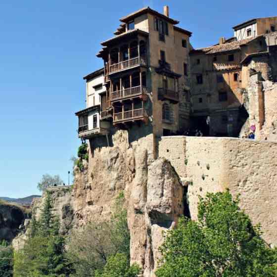 Cuenca wiszace domy