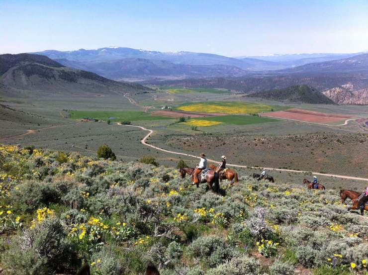5 Unique Summer Family Vacations Dude Ranch-Kids Are A Trip