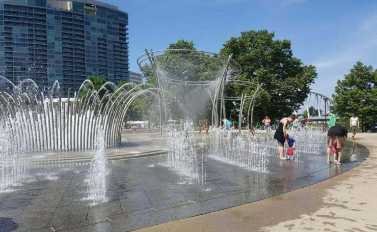 Family Friendly Things to Do in Columbus, Ohio Scioto Mile Fountain-Kids Are A Trip