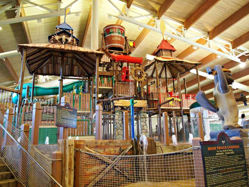 Family Friendly Things to do in Grapevine, Texas Great Wolf Lodge-Kids Are A Trip
