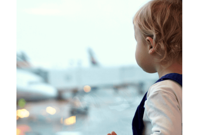 how-to-survive-holiday-travel-kids